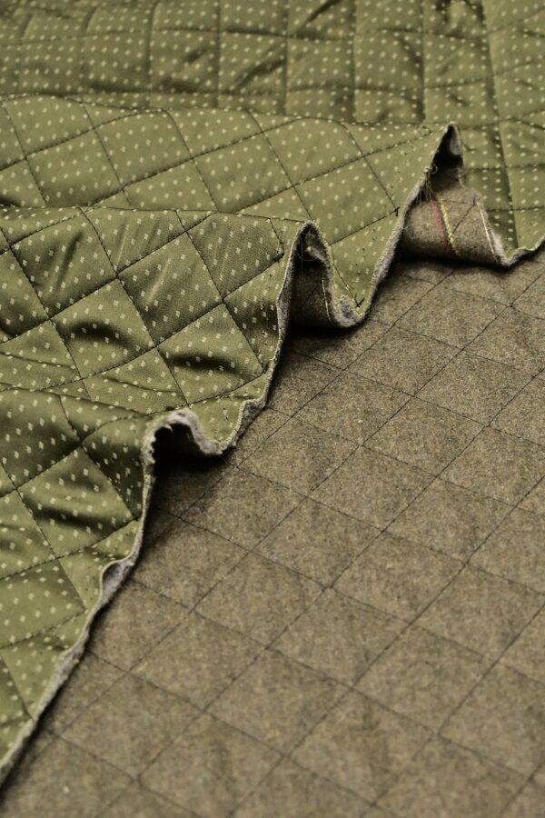 Курточная стежка зеленый в крапинку
