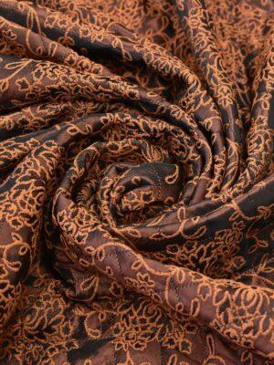 Курточная стежка вышивка оранжевый цветочный орнамент